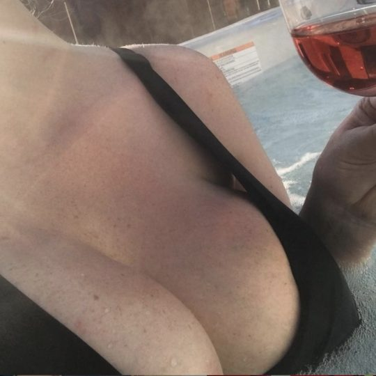 Toronto Dominatrix Mistress Mindy Hot Tub