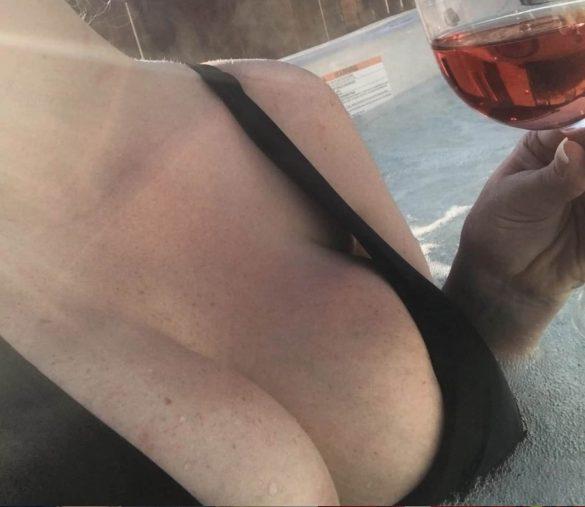 Toronto Dominatrix Mistress Mindy Hot Tub